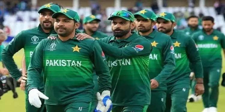 Pakistan T20 World Cup squad 2021: तीन खिलाड़ियों को बदलकर पाकिस्तान ने नई टीम का किया ऐलान