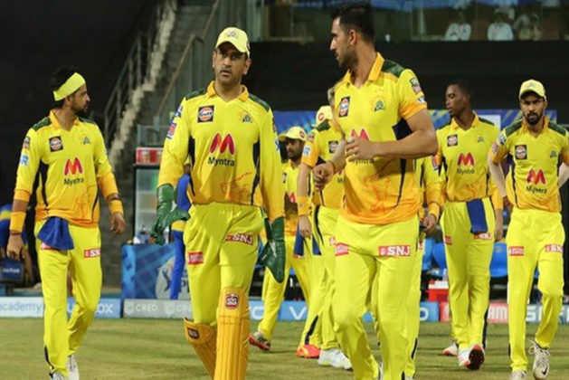 IPL 2021: CSK बड़ी मुश्किल में, दो स्टाफ सदस्यों ने 2nd कोविद -19 परीक्षण में सकारात्मक की पुष्टि की