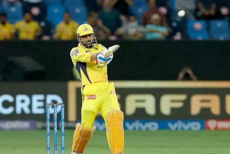 जब MS Dhoni क्रीज पर आए तो दिल्ली कैपिटल्स के पाले में था मैच, फिर ऐसे बदला पलडा और चेन्नई पहुंची फाइनल में
