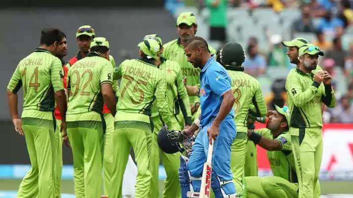 'आजम खान फ़िलहाल पाकिस्तान टीम का हिस्सा होने ही नहीं चाहिए', शाहिद अफरीदी का बडा बयान