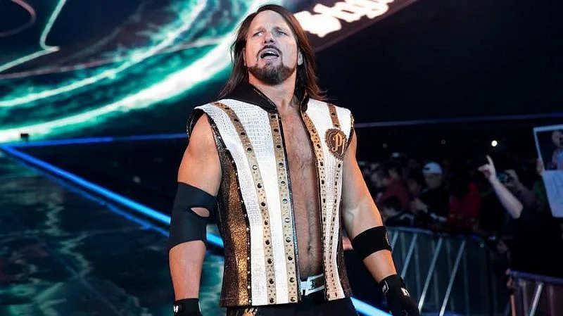 WWE सुपरस्टार एजे स्टाइल्स ने पूर्व यूनिवर्सल चैंपियन का Raw में किया स्वागत, कहा- स्वागत मेरे दोस्त